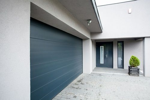 Horizontal view of house with the garage